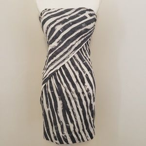 Rare L.A.M.B Sexy Strapless Dress Black & White 4